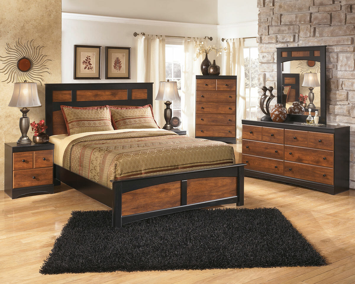 Aimwell - 7 Pc. - Dresser, Mirror, Chest, Queen Panel Bed & Nightstand